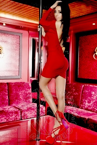Rebecca Girl  LUGANO 0041779619717