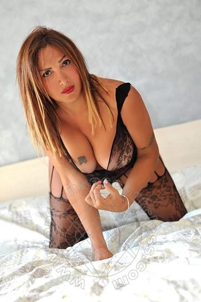 Nadia Villareal  PAGANI 3349613206